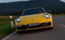 Обои автомобили Porsche 911 Carrera Coupe (Racing Yellow) - 2019