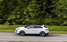 Обои автомобили Porsche Cayenne Coupe (Carrara White Metallic) - 2019