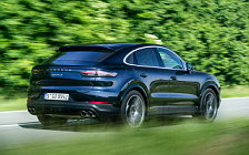 Обои автомобили Porsche Cayenne S Coupe (Moonlight Blue Metallic) - 2019