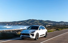 Обои автомобили Porsche Macan GTS (Carrara White Metallic) - 2020