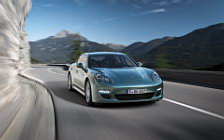 Обои автомобили Porsche Panamera Diesel - 2011
