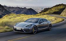Обои автомобили Porsche Panamera Turbo Executive - 2017