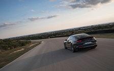 Обои автомобили Porsche Panamera Turbo S E-Hybrid - 2017